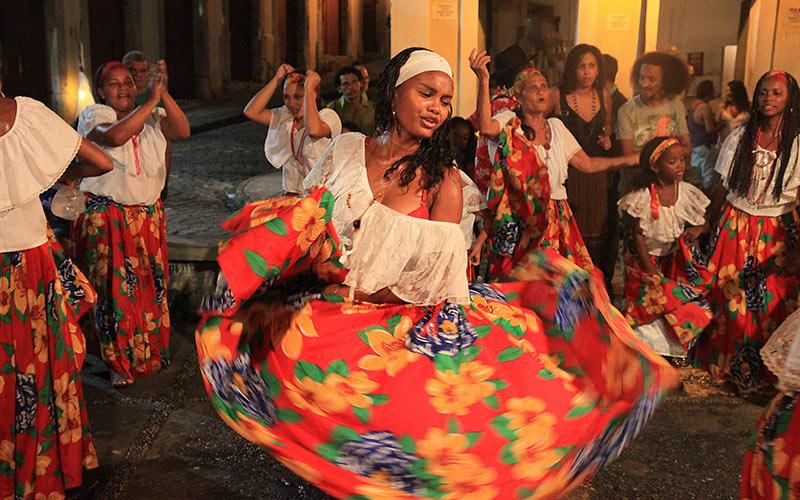 girl doing a traditional dance