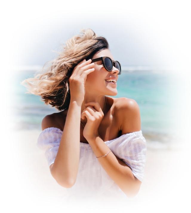 girl wearing sunglasses posing