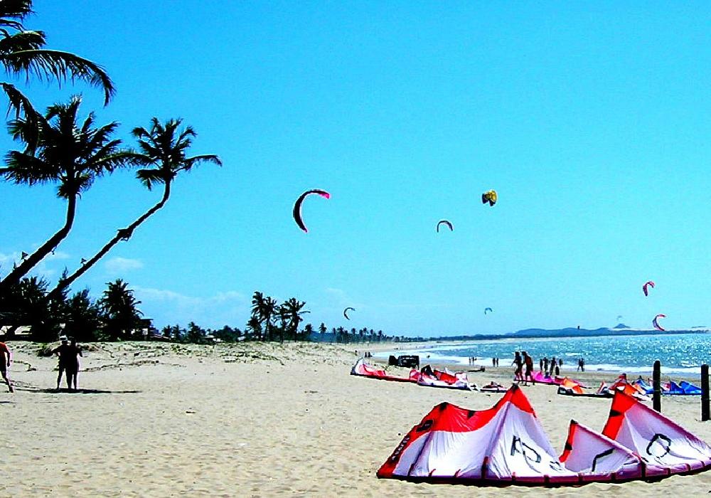 kite surfing at tropical beach