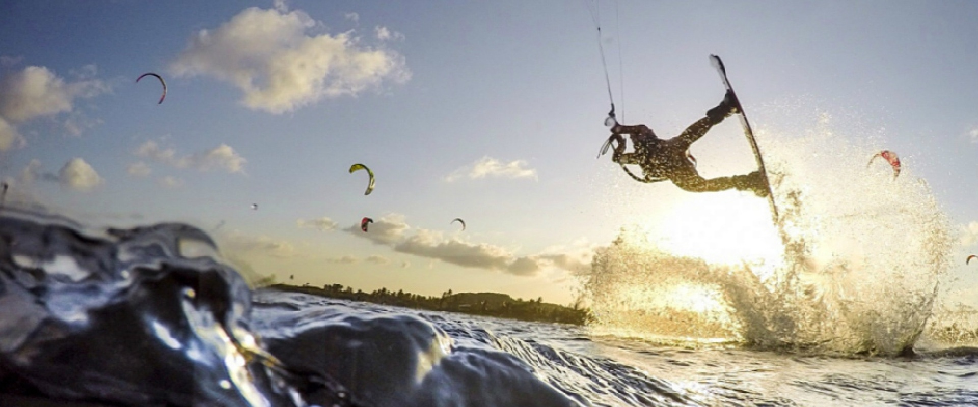 kite surfing with good waves